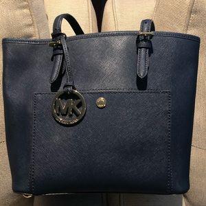 Michael Kors Jet Set Saffiano Leather Shoulder Bag
